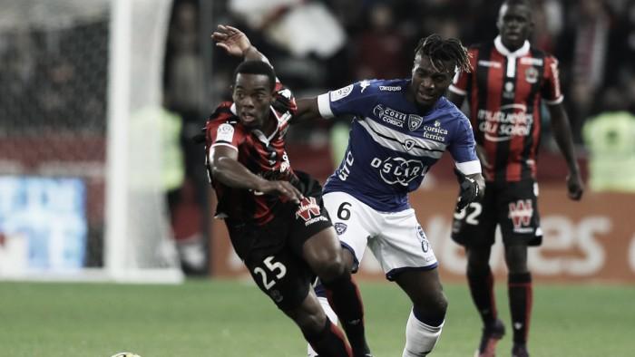 Nice sai na frente, mas cede empate em casa diante do Bastia