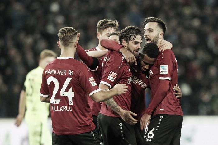 Em jogo de duas viradas, Hannover leva a melhor e derrota Heidenheim na 2. Bundesliga