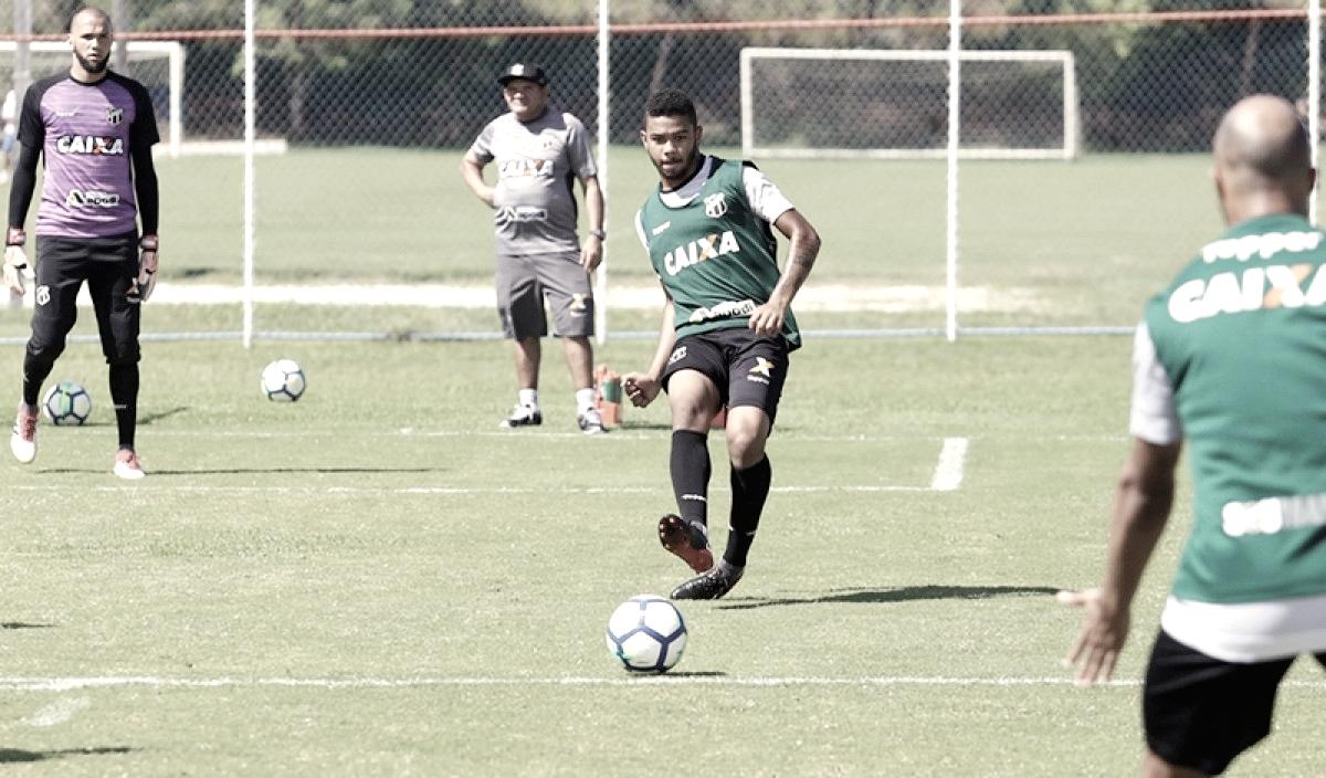 Interessado em Felipe Saraiva, Sport negocia troca de jogadores com Ponte Preta