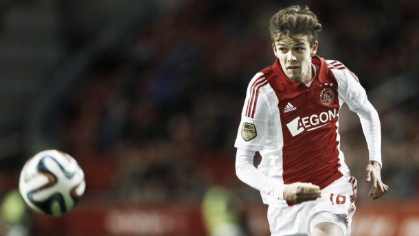 Lucas Andersen renueva con el Ajax
