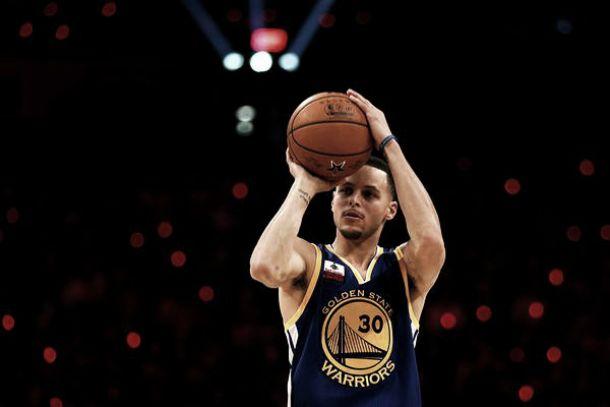 Curry, el otro monstruo de la noche