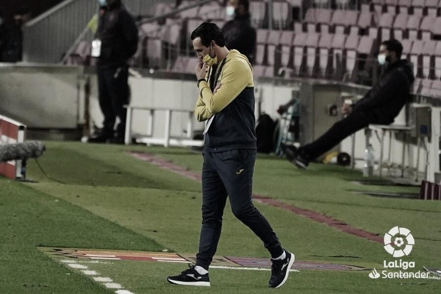 El técnico amarillo durante el encuentro / Foto: LaLiga