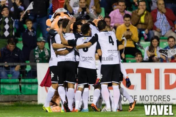 El Mérida logra una victoria 56 días después