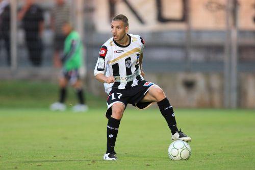 "Djellabi : ""La Ligue 1, mon objectif"""