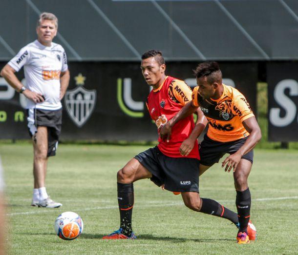 De olho nos juniores, Autuori deve subir dois destaques da Copa São Paulo