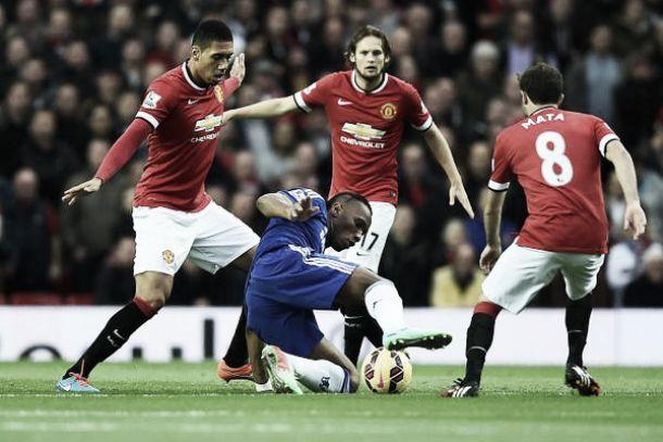Van Persie al 94' ferma il Chelsea: è 1-1 contro il Manchester United
