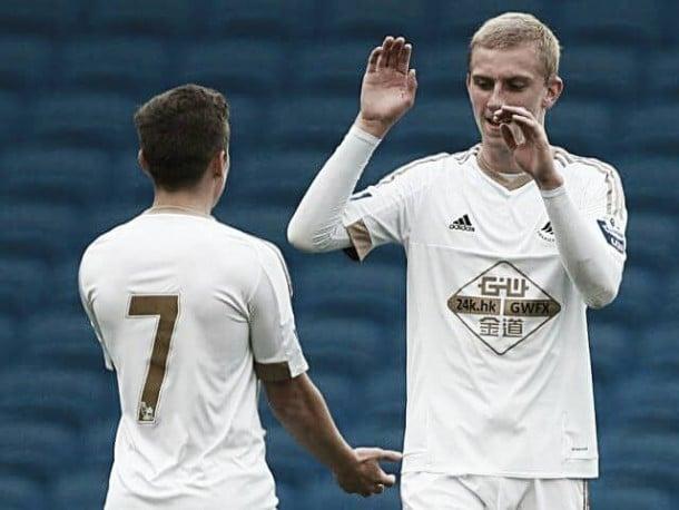 Newport loan Swansea youngster Oli McBurnie