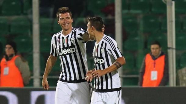 Mandzukic sblocca, Sturaro e Zaza completano: la Juve espugna Palermo