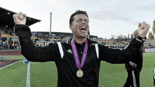 Coach of the Year nominee Colin Bell swaps Frankfurt for Avaldsnes