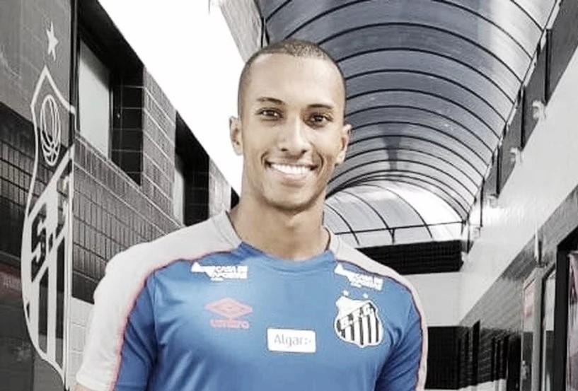 Atacante do Luverdense, Lucas Braga é anunciado pelo Santos