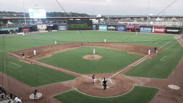 St. Paul Saints outlast Winnipeg Goldeyes 10-4