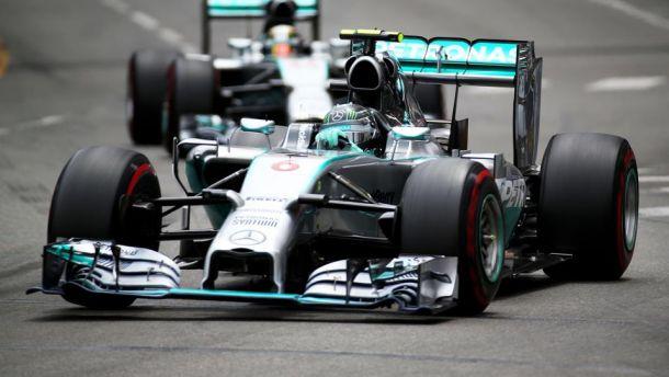 Montecarlo, Rosberg domina il principato