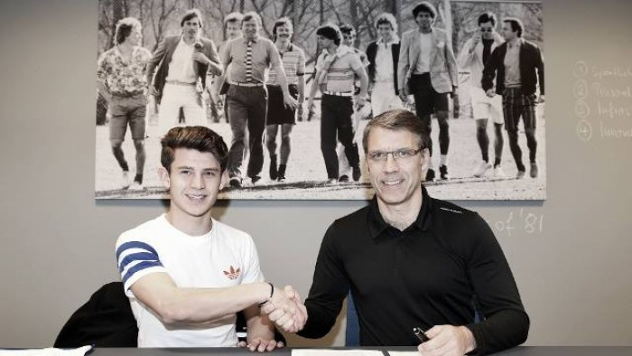 HSV bindet Talent Köhlert