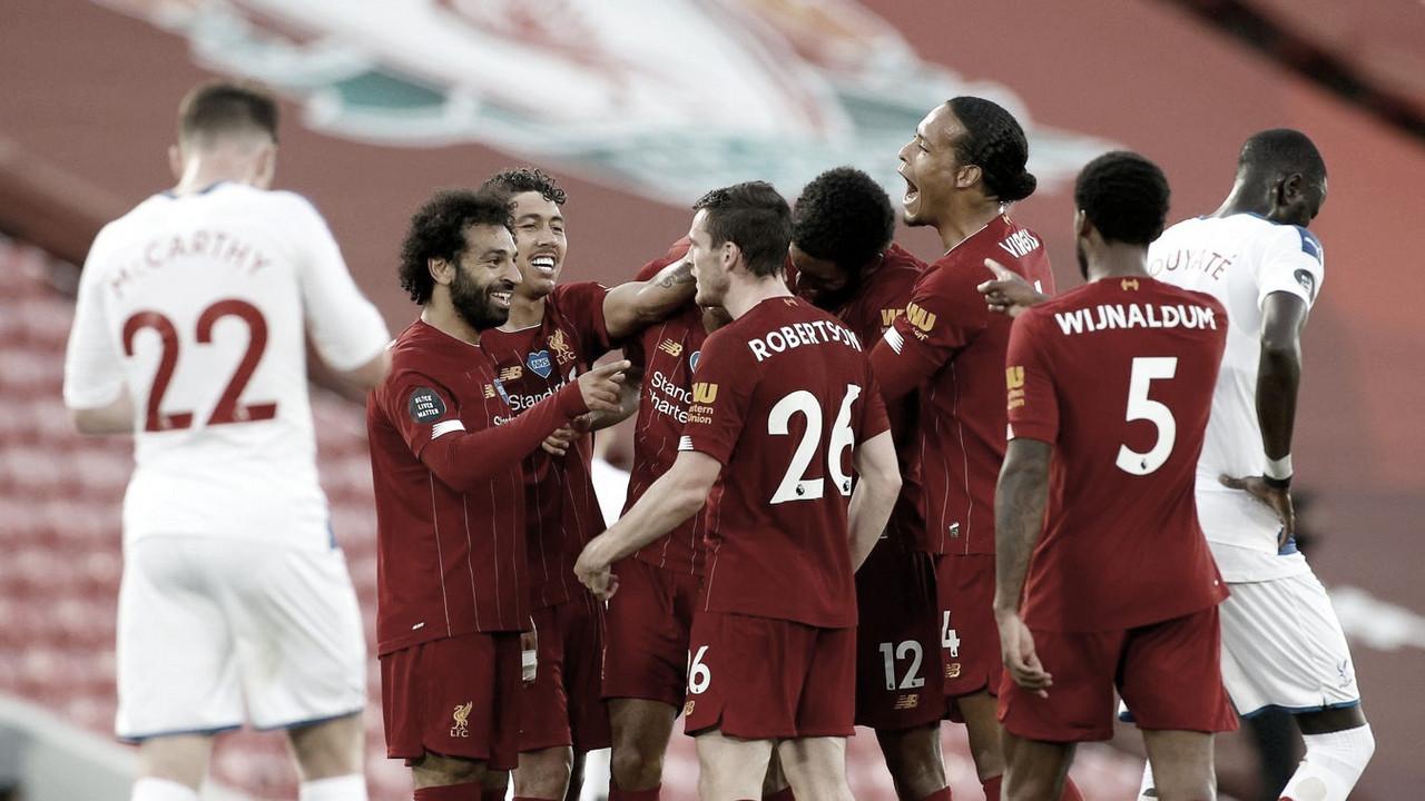 El Liverpool golea al Palace y cuenta las horas para ser campeón