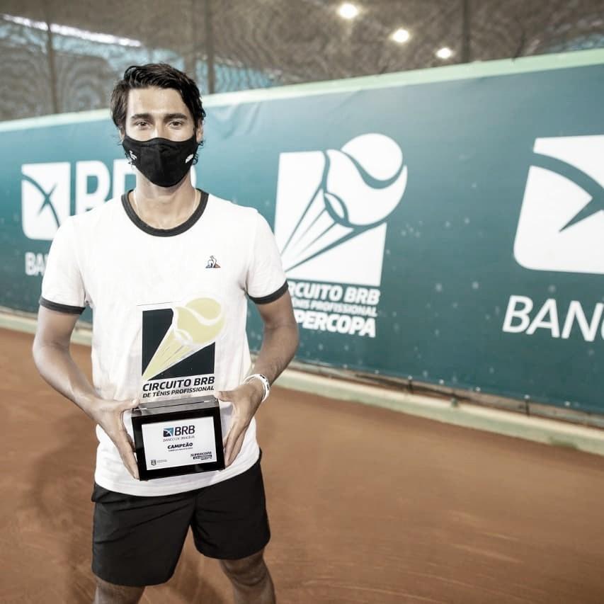 Dobradinha: Igor Marcondes fatura simples e duplas na Supercopa de Tênis em Brasília
