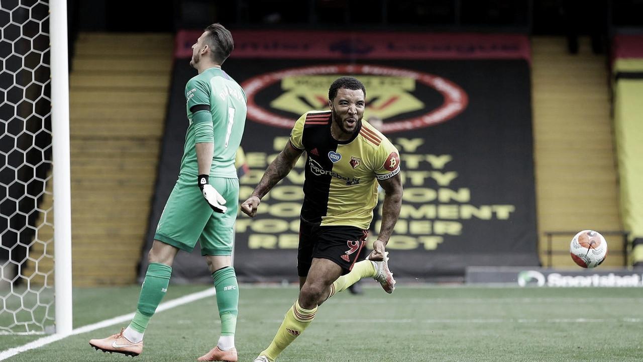 Deeney marca dois, Watford vira contra Newcastle e se afasta do Z-3