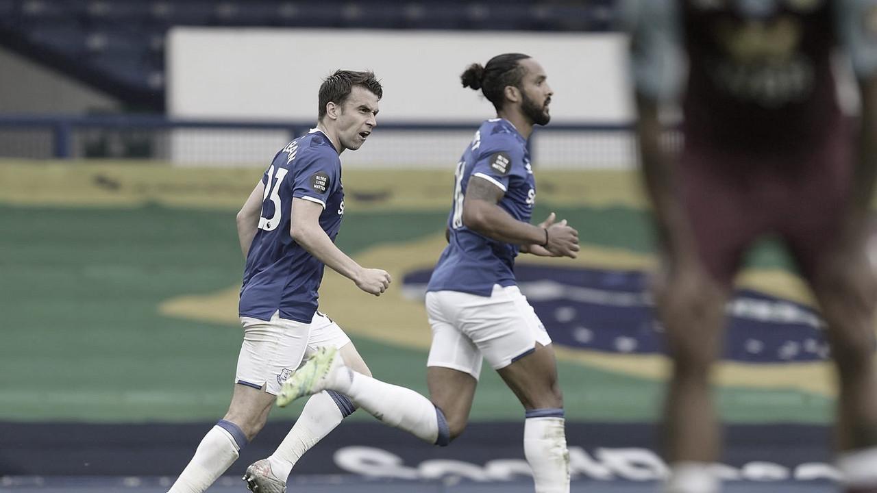Aston Villa sai na frente, mas deixa escapar vitória contra Everton no fim