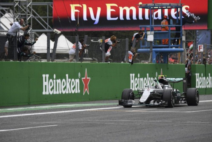 F1, a Monza Rosberg trionfa davanti a Hamilton e Vettel. 4º Raikkonen