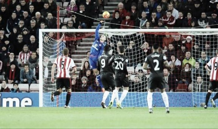 Vito Mannone frustrated with lack of clean sheets
