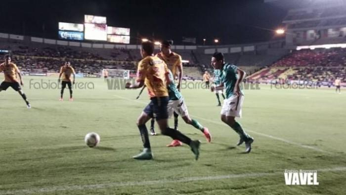 En emocionante partido, Morelia y León igualan