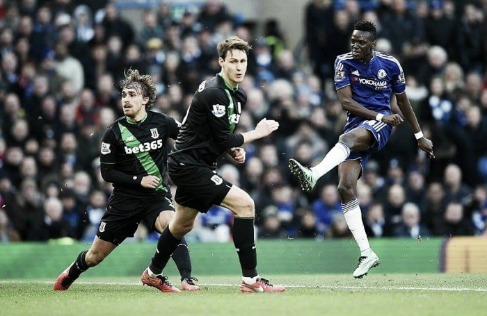 Chelsea 1-1 Stoke City: Late equaliser from Diouf costs Chelsea the chance to move up the table