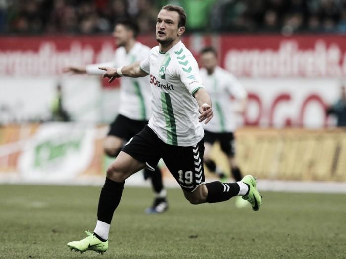 Veton Berisha marca e Greuther Fürth vence líder Stuttgart