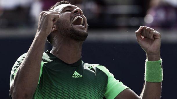 Comment Jo-Wilfried Tsonga a battu Roger Federer