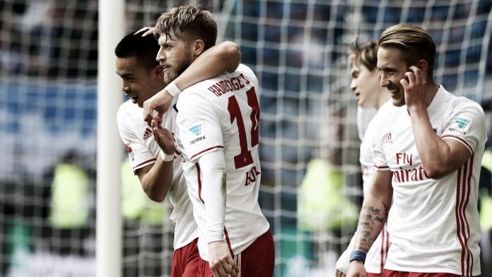 Com dois de Hunt, Hamburgo vence Hoffenheim e respira contra rebaixamento