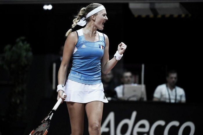 Fed Cup: Kristina Mladenovic performs under pressure against Richel Hogenkamp to even the tie for France