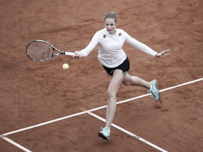 WTA Prague: Karolina Pliskova breezes through her opening match against Stefanie Voegele