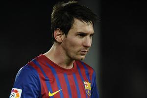 """Lionel Messi """"J'ai fais des progrès avec Ronaldinho"""""""