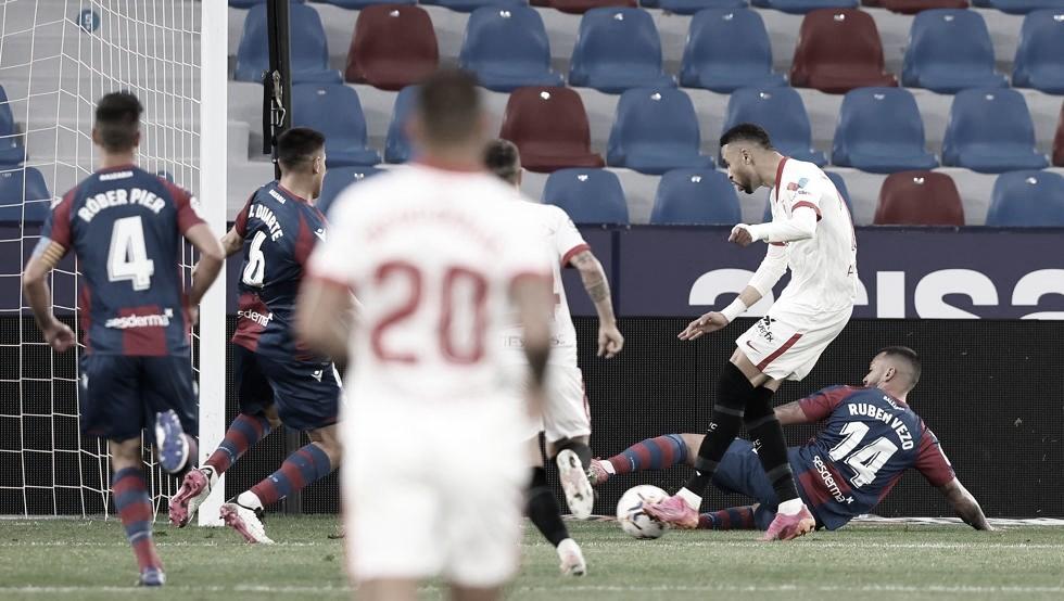 Youssef En-Nesyri continúa siendo el goleador de la temporada hispalense
