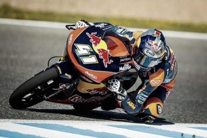 Moto3, Le Mans: ancora Binder su Fenati e Navarro