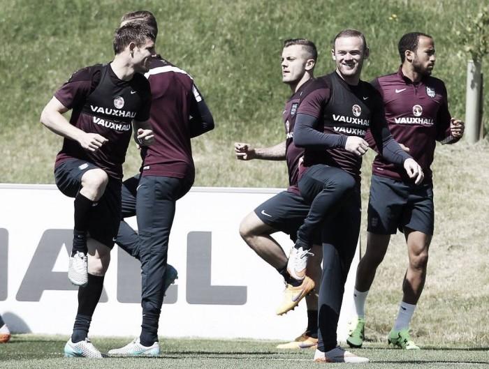 Roy Hodgson announces provisional England squad