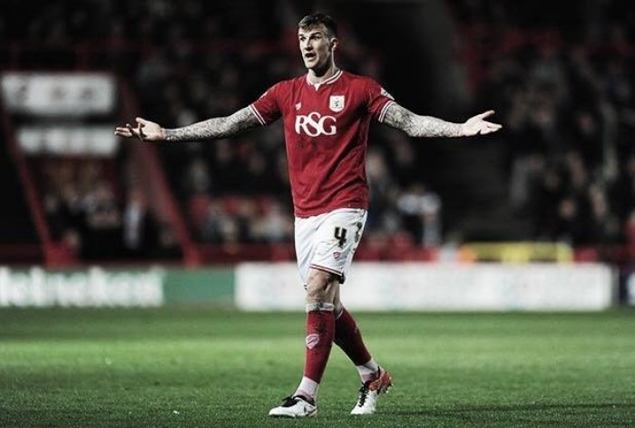 Report: Sunderland weighing up a cash plus player deal for defender Aden Flint