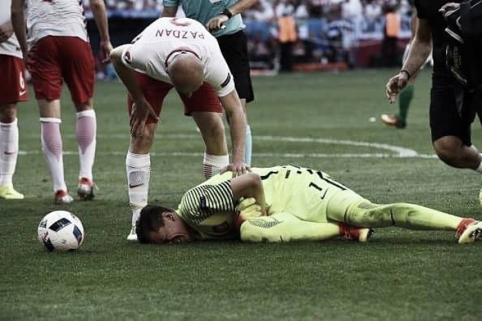Wojciech Szczesny ruled out of Poland's Germany clash