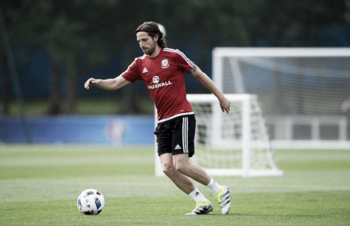 Swansea City chairman confirms interest in Joe Allen