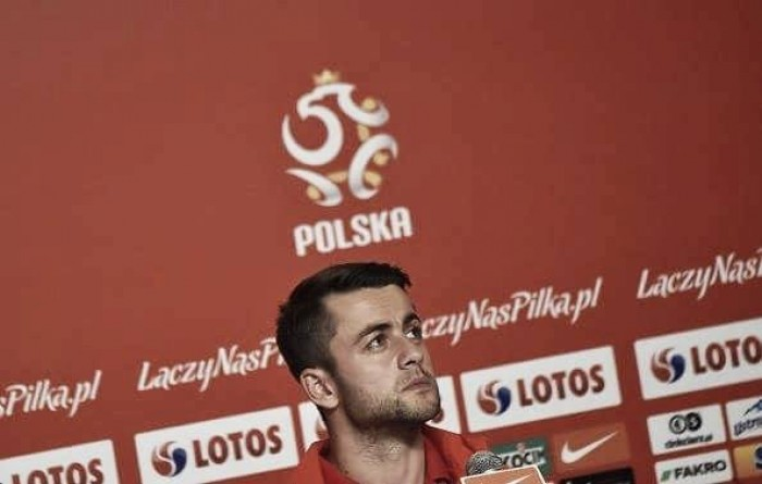 Poland's Fabianski and Boruc speak to the media, with Szczęsny all but out of Ukraine clash