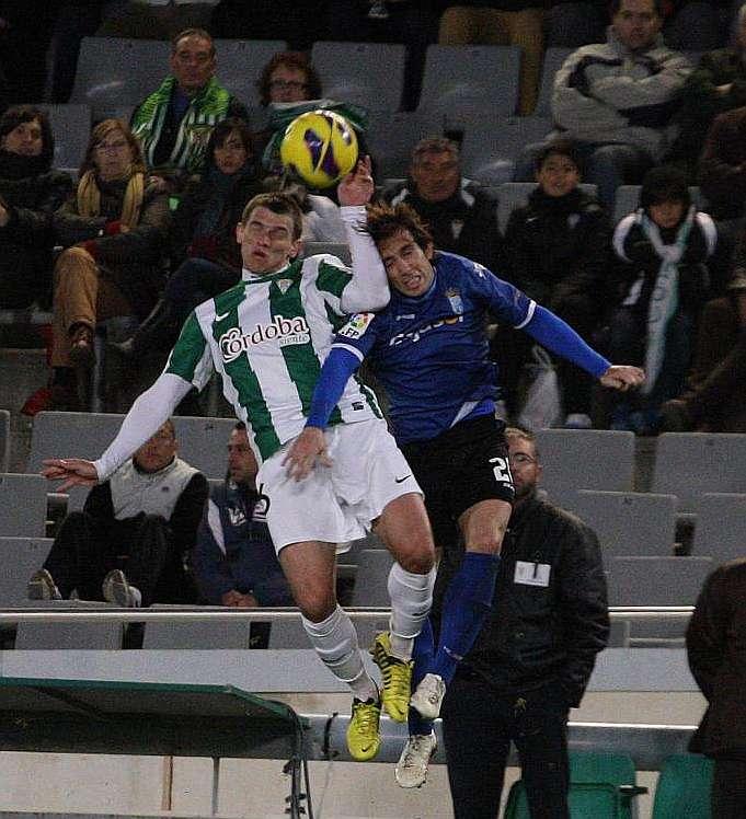 Frío empate entre el Xerez y el Córdoba en el Nuevo Arcángel