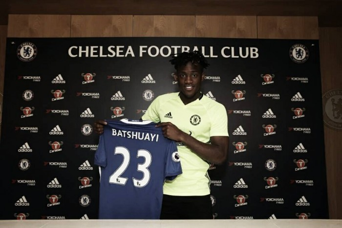 Michy Batshuayi looking forward to bring Chelsea back to the top