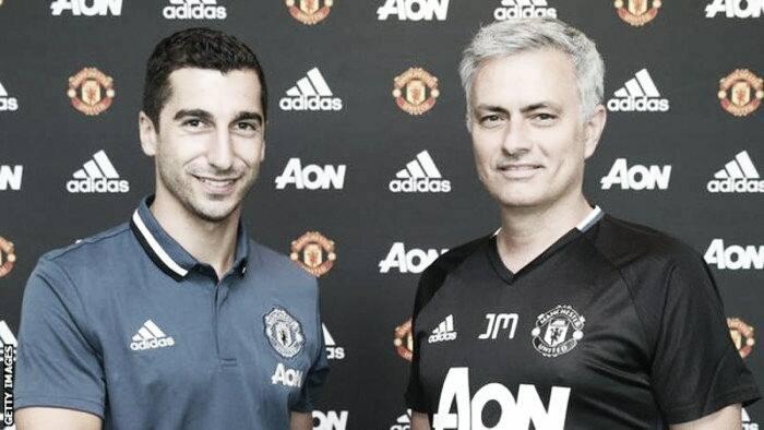 Manchester United complete signing of Henrikh Mkhitaryan