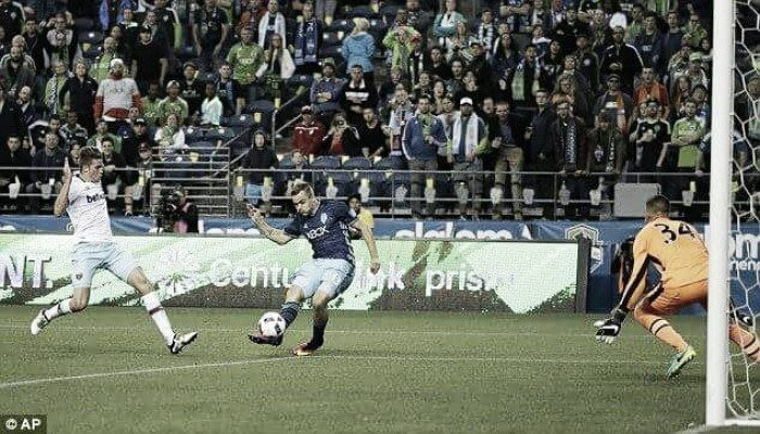 Seattle Sounders 3-0 West Ham: Hammers held back by Sounders in opening game