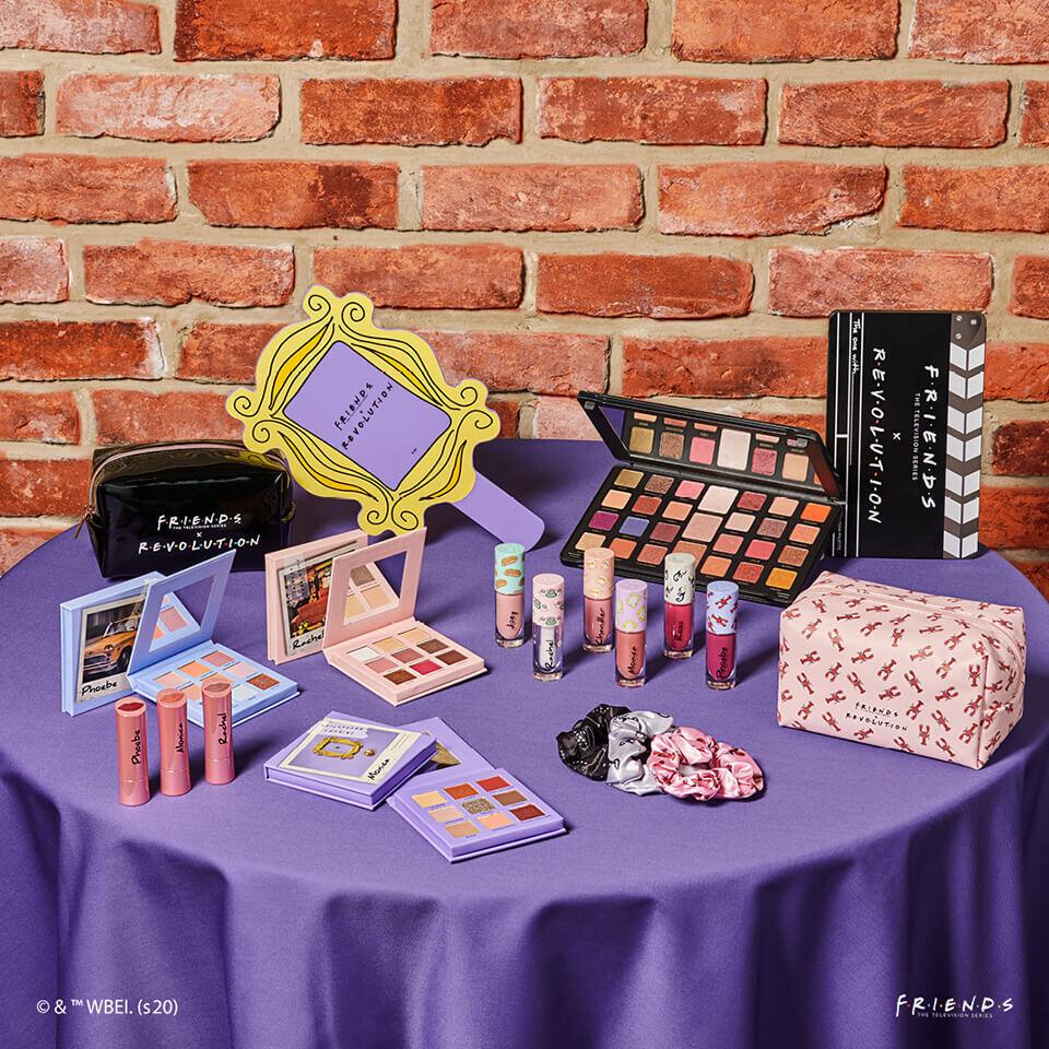 Makeup Revolution ha lanzado una colección inspirada en 'Friends'