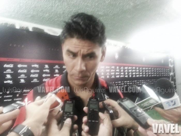 """Oscar Ustari: """"Nosotros necesitábamos ganar por la gente, y por nosotros"""""""