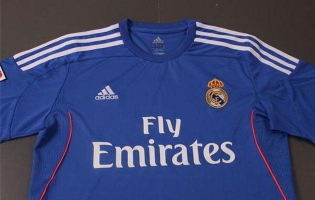La segunda equipación del Real Madrid 2013-2014 será azul y la tercera, naranja