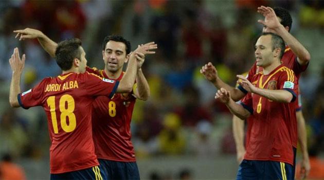 Espanha supera marca, bate Nigéria e enfrenta Itália nas semis