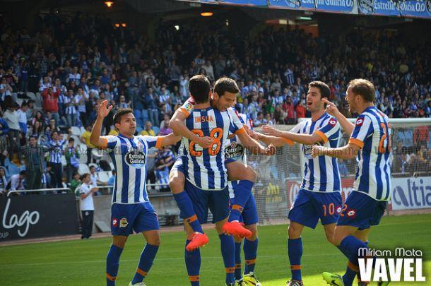 Fotos e imágenes del Real Club Deportivo de La Coruña - Recreativo de Huelva de la jornada 34 de la Liga Adelante