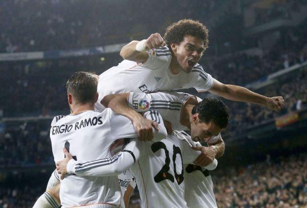 Il Real vince 3-0 il derby e vede la finale
