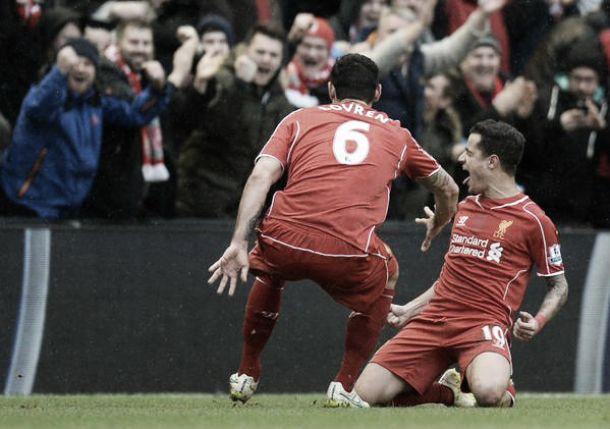 Magie di Henderson e Coutinho: il Liverpool batte il City 2-1