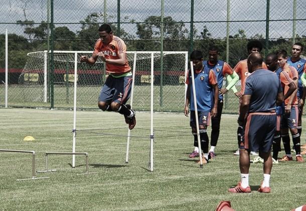 Sport inicia treinamentos da semana de olho em confronto decisivo contra Corinthians
